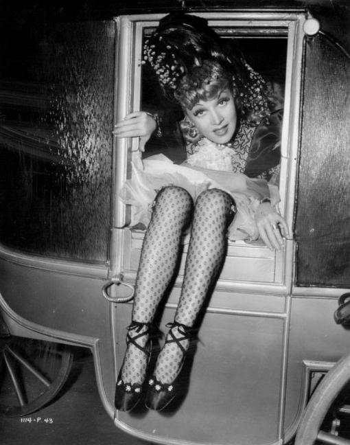 Marlene-Dietrich-having-fun-on-the-set-of-_The-Flame-of-New-Orleans_-_1941_[1]