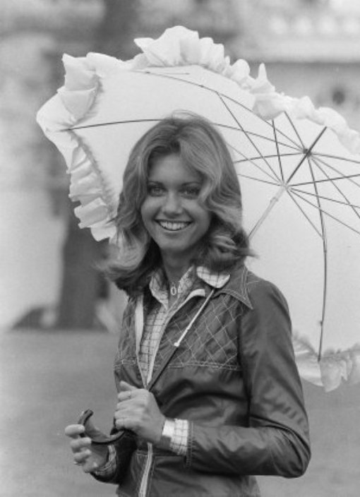 olivia-newton-john-uk-eurovision-song-contest-entrant-1974[1]