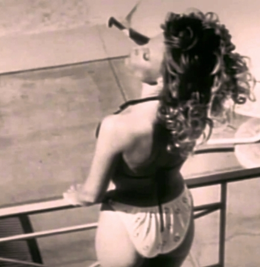 kay-lenz-in-rod-stewart-infatuation-music-video-1984-pic-7[1]
