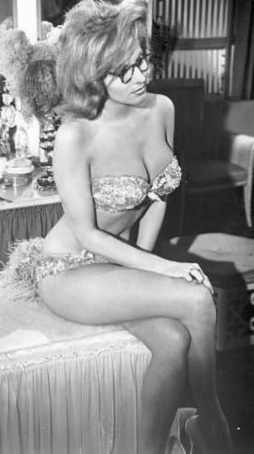 nancy kovack b[1]