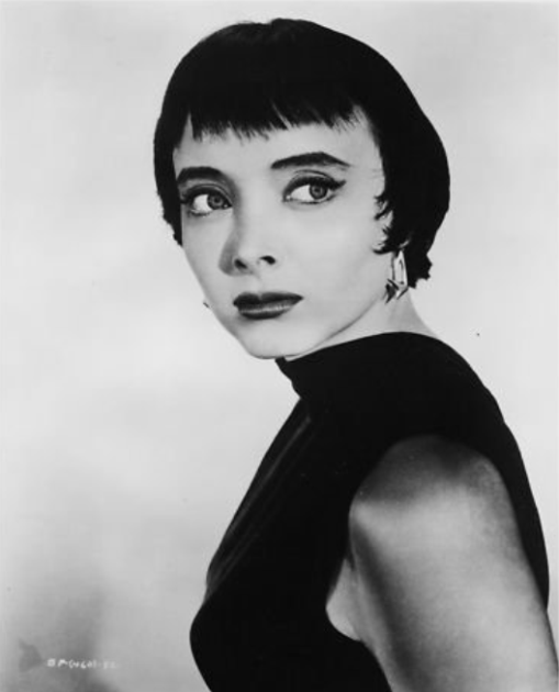 carolyn jones Swl1rwwixmo1_500[1]