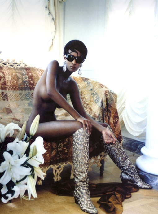iman-by-helmut-newton-for-vogue-us-1989[1]