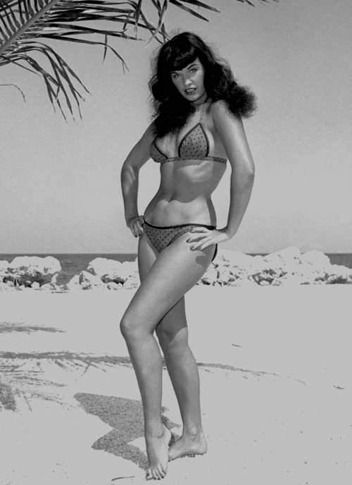 bettie page O0dZ1rn14ebo1_500[1]