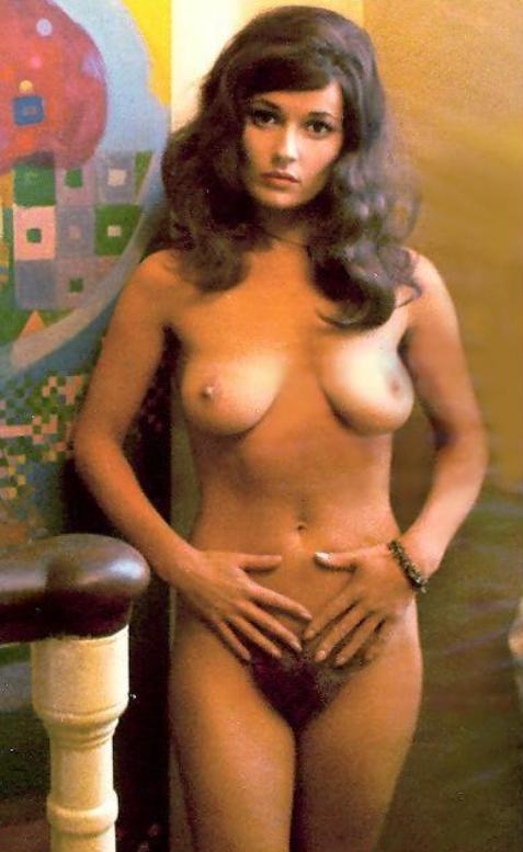 stephanie beacham 1sfws1to1_500[1]