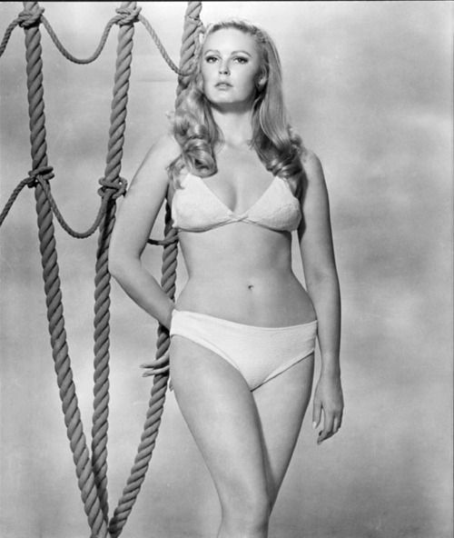 veronica carlson so1qq1o1_500