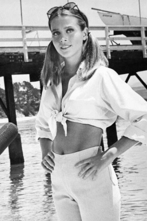 LEIGH TAYLOR YOUNG 314586