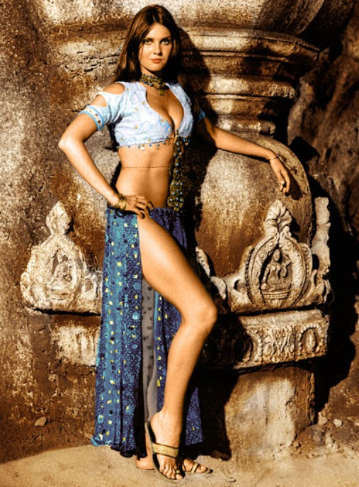 Caroline-Munro-The-Golden-Voyage-of-Sinbad--copie