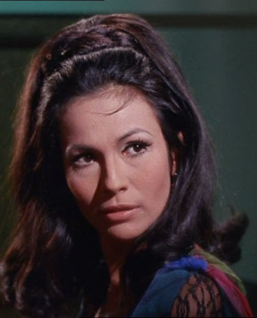 barbara luna as marlena (2)