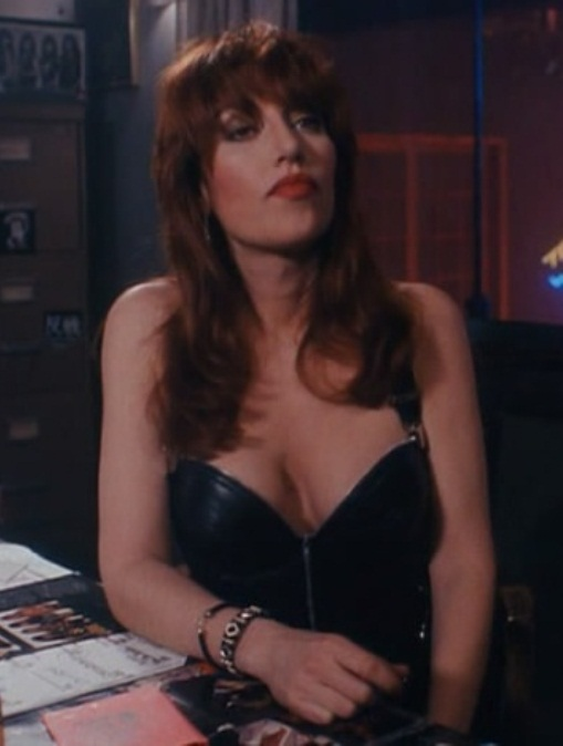 katey_sagal_tales_from_the_crypt_I6PiIJG.sized