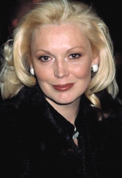Cathy Moriarty at the premiere of ANALYZE THAT, 12/2/2002, NYC, by CJ Contino.