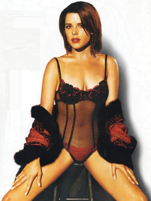 neve-campbell-01