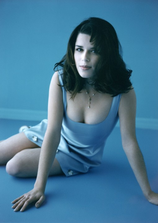 neve-campbell-neve-campbell-20156028-1818-2560