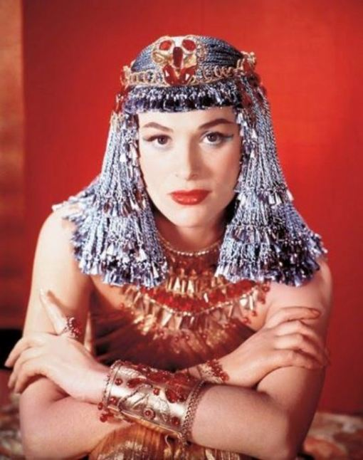 1954; The Egyptian. Original Film Title: The Egyptian, PICTURED: BELLA DARVI, Composer: Alfred Newman, Director: Michael Curtiz, IN CAST: Victor Mature, Gene Tierney, Michael Wilding, Bella Darvi, Jean Simmons, Edmund Purdom, Peter Ustinov, Judith Evelyn  (Credit Image: © 20TH CENTURY FOX/Entertainment Pictures/ZUMAPRESS.com)
