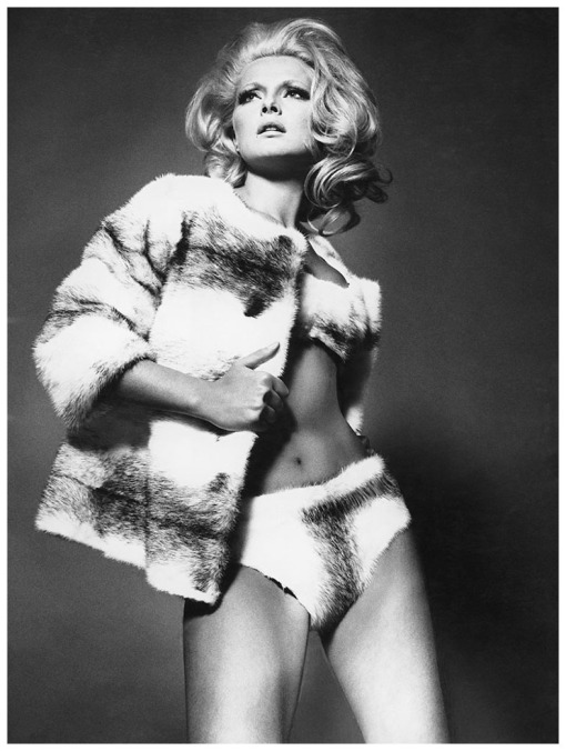 virna-lisi-photo-willy-rizzo-milan-1961