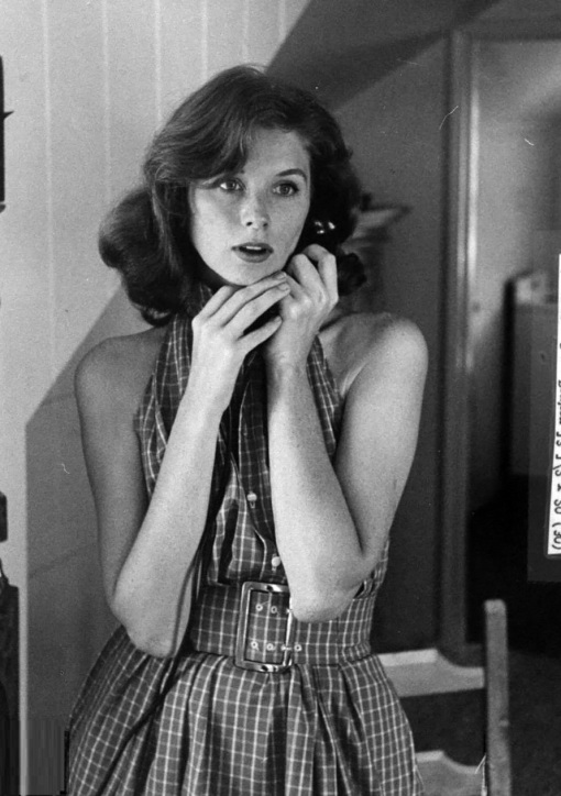suzy-parker-telephoning-in-apartment-1957-photo-allan-grant