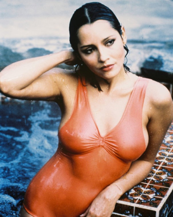 pictures of barbara carrera nude